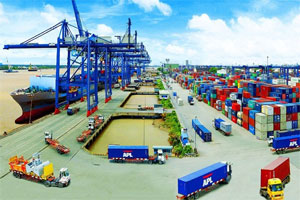 Toàn cảnh giao thông một cảng biển tại Việt Nam